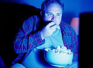 Mal di schiena mangiare davanti alla tv